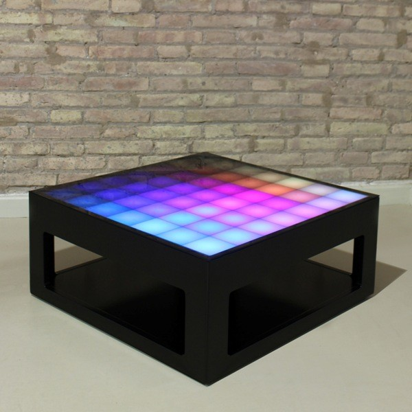 Interactive coffee table with led lights mypixeek for Miroir de plafond